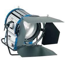 download 2 - ARRI Compact HMI 4000  Fresnel